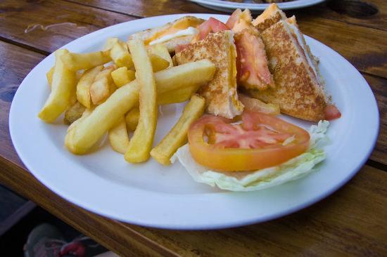 St Lucia Ski Boat Club: Cheese, tomato and egg sandwich