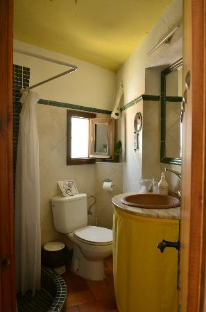 El Cobijo de Vejer: The bathroom