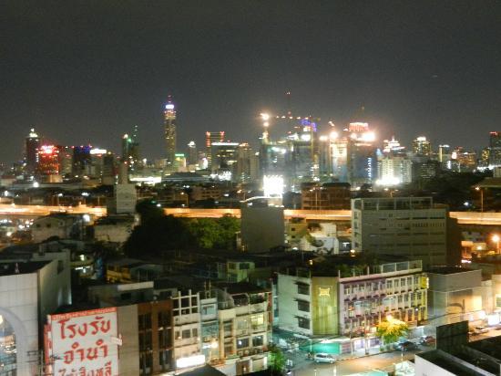 โรงแรม บางกอกเซ็นเตอร์: The view from our room