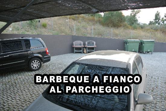 Athos Villas: barbeque