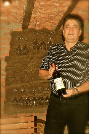 Michelangelo Ristorante: Carlos Suarez. The owner of the authentic italian restaurant