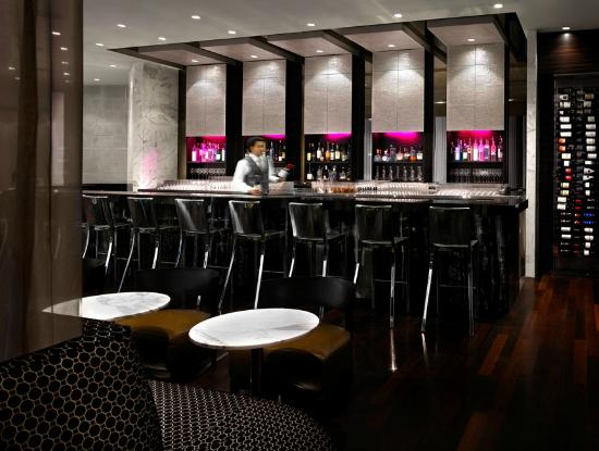 Shangri-La Hotel, Vancouver : MARKET By Jean-Georges Bar
