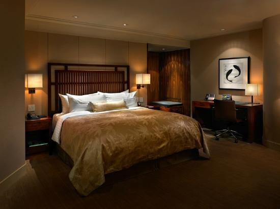 Shangri-La Hotel, Vancouver : Deluxe King Room