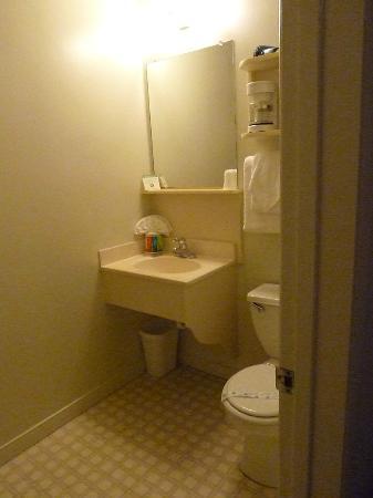 باي فرونت إن آت ذا ووتر فرونوت: salle de bain 