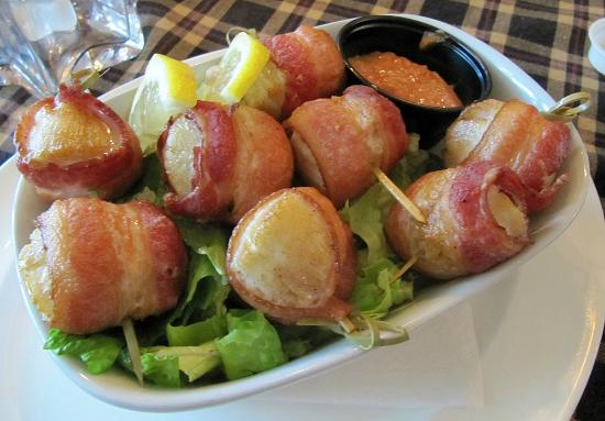 The Star Cafe & Grill: Angels on Horseback