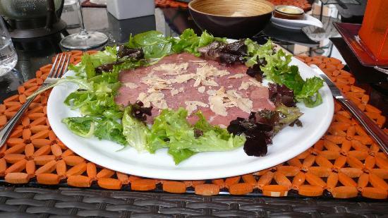 Pascal Le Restaurant: Gazpacho Steak Starter