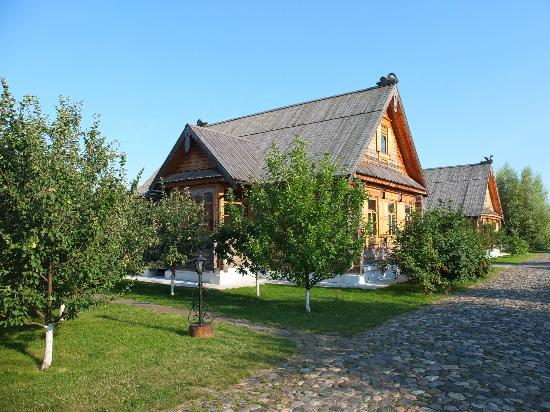 Pushkarskaya Sloboda Hotel : Our cabin - with 6 rooms