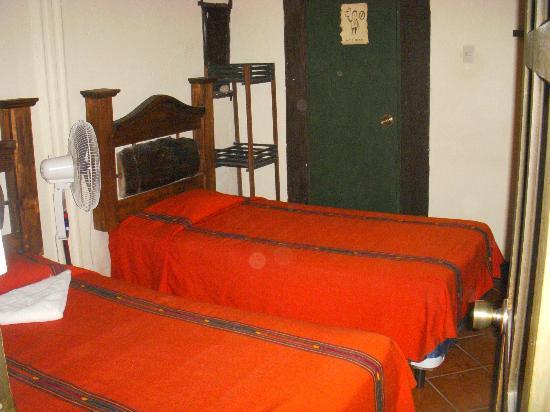 Hotel Burkhard: habitacion con dos camas