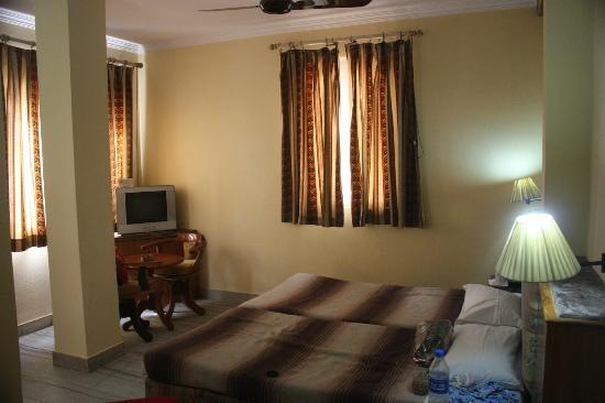 Amar Yatri Niwas: Room