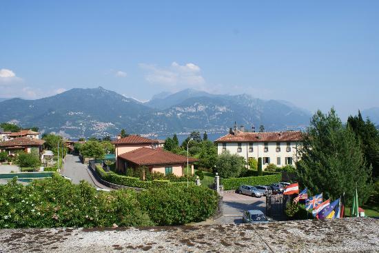 Menaggio, Italia: View from our balcony