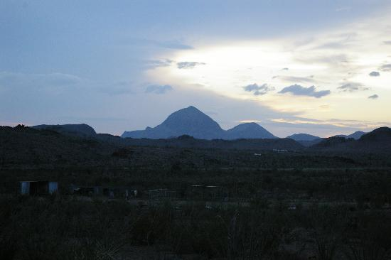 Wildhorse Station: Sunset view from cabin 7.