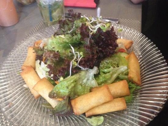 Guten Abend: vegetarian salad
