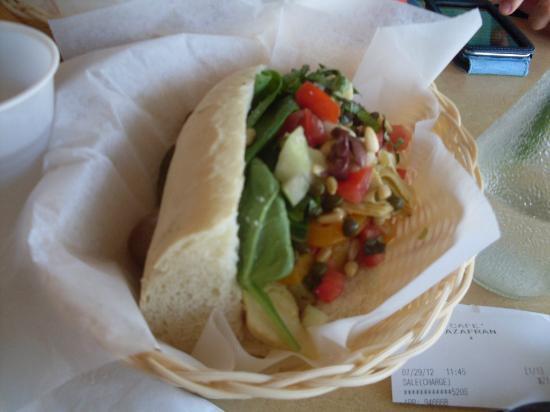 Cafe Azafran: Sandwich