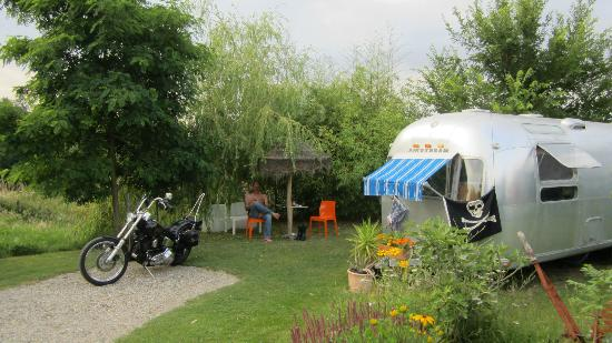 Belrepayre Airstream & Retro Trailer Park照片