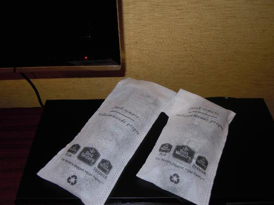 "Best Western Plus Fredericton Hotel & Suites : ""Fresh"" remotes"