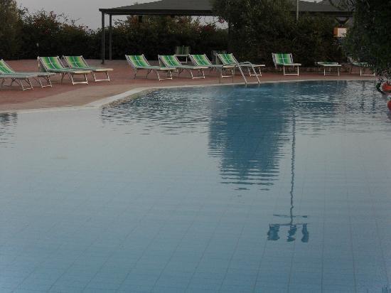 Squillace, Italy: piscina Porto Rhoca