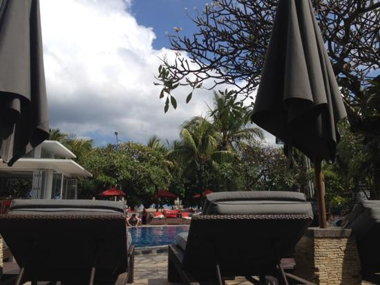 Kuta Seaview Boutique Resort & Spa: swimming pool