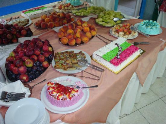 PrimaSol Sineva Park: Десерты для болгарского ужина