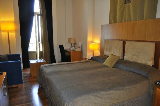 GDM Megaron Hotel: beds