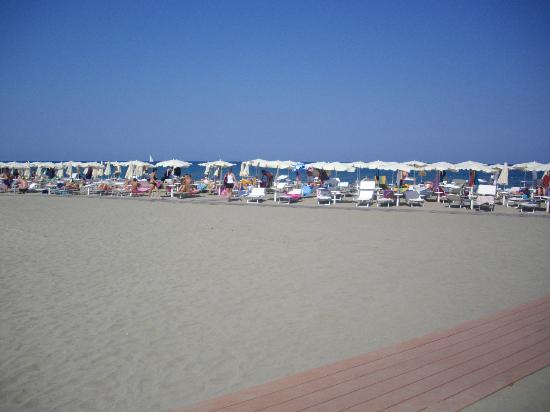 Eden Village Colostrai: Spiaggia villaggio