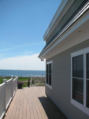 Gloucester Inn by the Sea : View to sea
