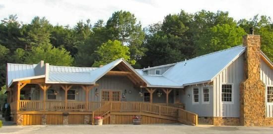 Montebello Camping and Fishing Resort : Montebello Country Store