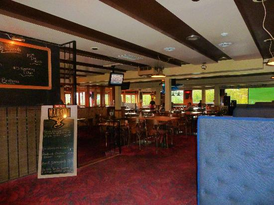 Haida Way Motor Inn : Bar des Hotels