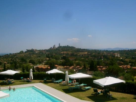 Relais Cappuccina: View of the pool