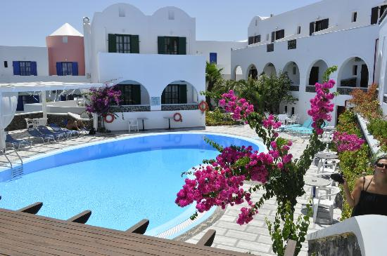 New Haroula Hotel: pool
