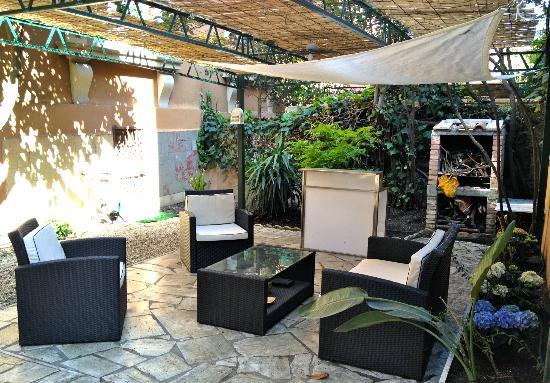 Monteverde Guesthouse: Garden