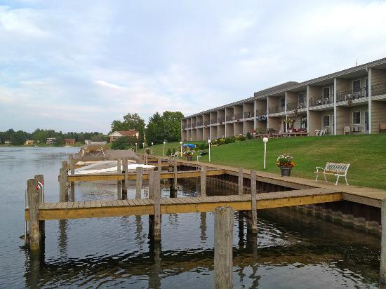 Fleetwood Inn and Suites : Great dock area