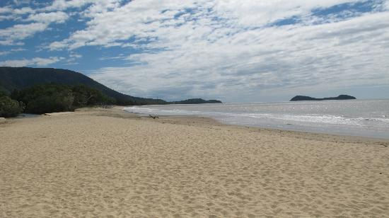 Kewarra Beach Resort & Spa: Perfect beach!