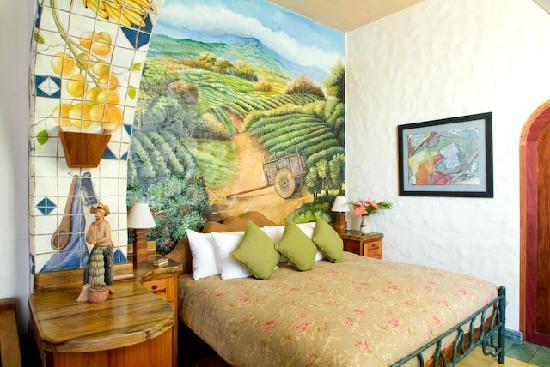 Finca Rosa Blanca Coffee Plantation & Inn: La Carreta Junior Suite