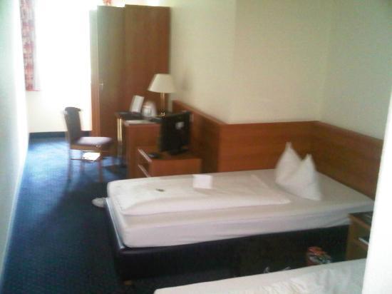 ACHAT Comfort Stuttgart: Bedroom
