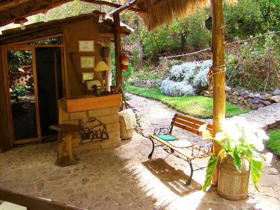 Las Chullpas Eco Lodge: Reception