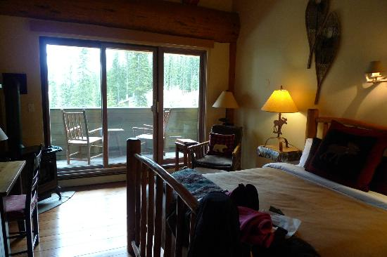 Moraine Lake Lodge: Room 30