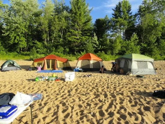 Saco Canoe Rental Company: Canoe Camping along the saco river