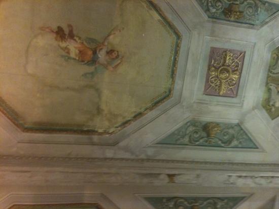 Alloro B&B: our ceiling