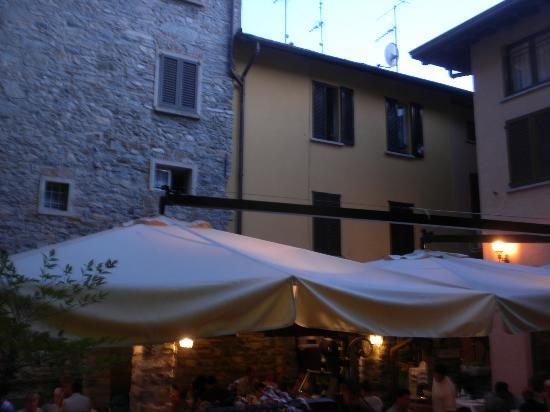 L'Antico Pozzo Restaurant : L'antico pozzo is in the center of town