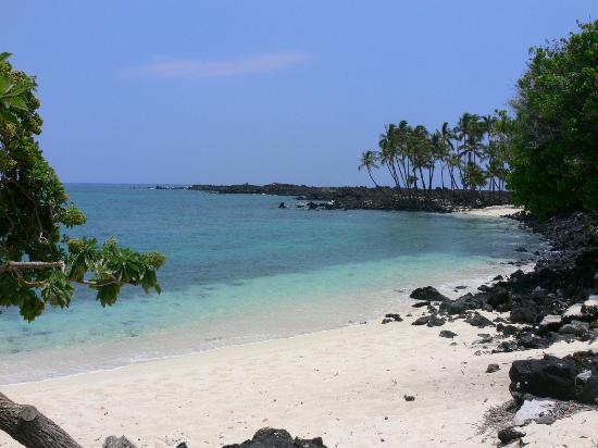 Makalawena/Pu'u Ali'i: 2nd beach