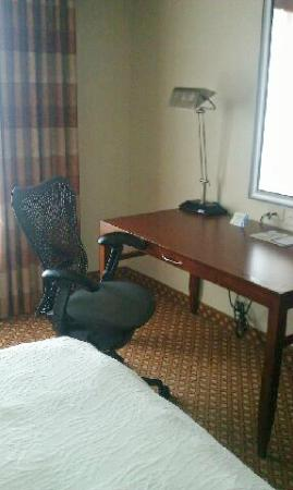 Hilton Garden Inn Savannah Midtown : Best desk chair!