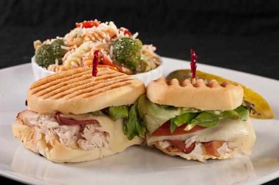 Greta's Gourmet: Smoked Turkey & Bacon with Italian Pasta Salad
