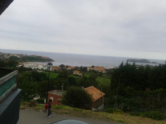 Hotel Montanes: Vista desde la terraza2