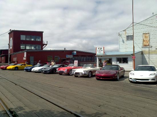 Beaver State Corvettes rolled into Rollin Thunder BBQ