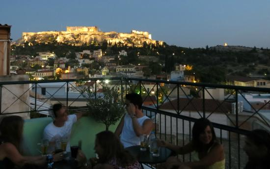 AthenStyle Hostel: The Acropolis from the Rooftop Bar at Athenstyle