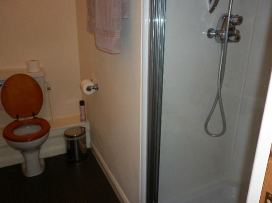 Shakespeare Inn: Bathroom