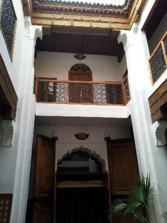 Riyad Al Atik: medio del riyad