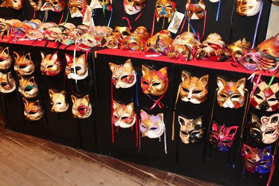 Ca' Macana: The Masks of Ca Macana
