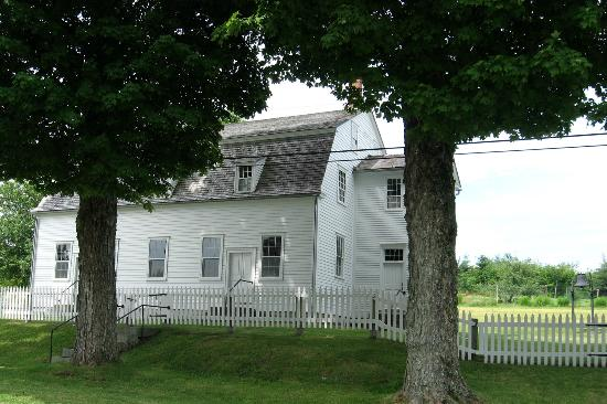 Sabbathday Lake Shaker Village: Meetinghouse