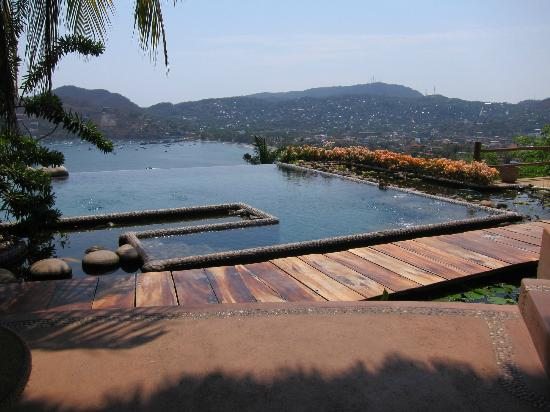 Casa Cuitlateca: Gorgeous view of the Zihua Bay